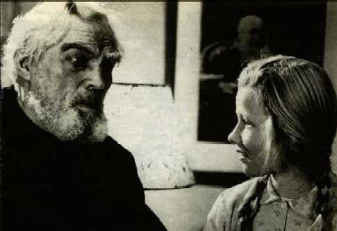 """Plano de """"Ordet"""" en el que aparecen Morten Borgen y su nieta Maren."""